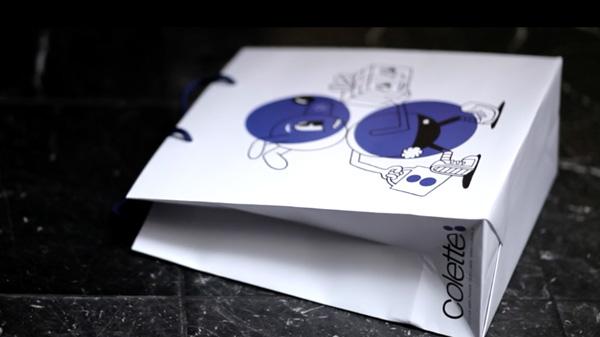 Shopping bag Colette posé sur le sol, clip de lancement de la collaboration