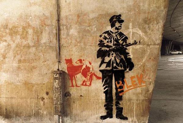 Blek le Rat sur un mur de Paris