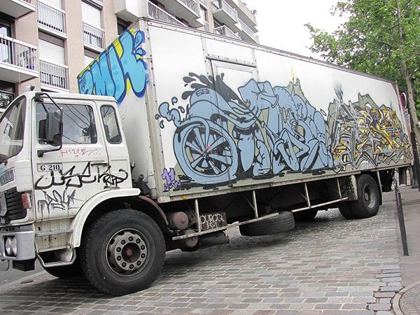 graffiti sur camion par Horfé