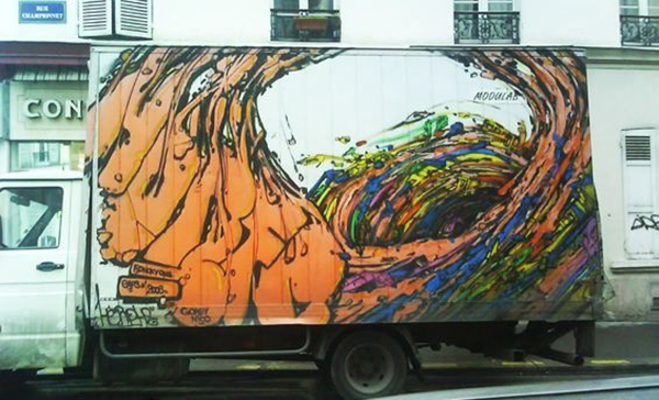 Aspect psychédélique de ses productions murales
