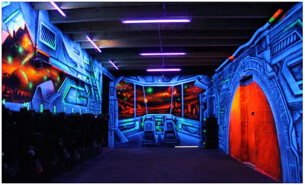 Autre exemple de peinture fluorescente