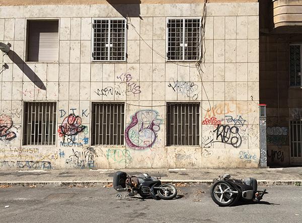 architecture, rome, abandonné, tag, pauvreté, murs, usés, témoins, throw up.
